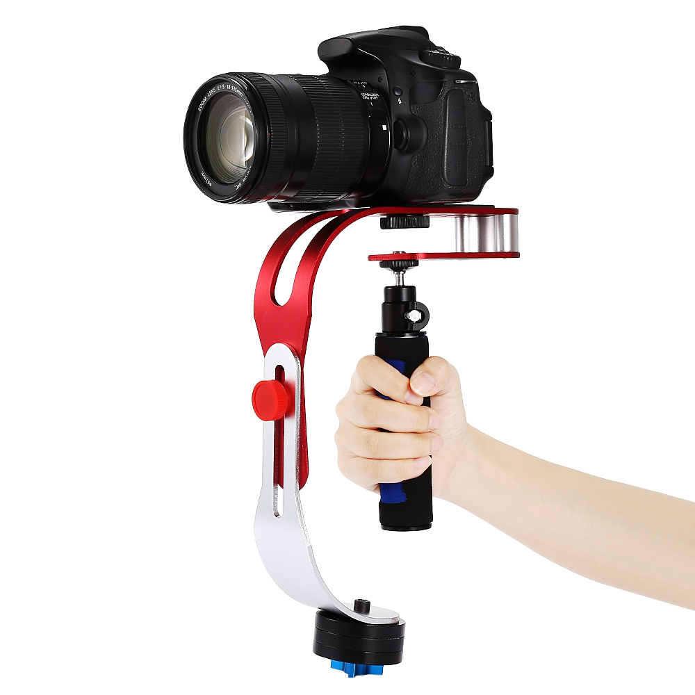 The Craphy mini stabilizer reduces shake giving a smoother video output.